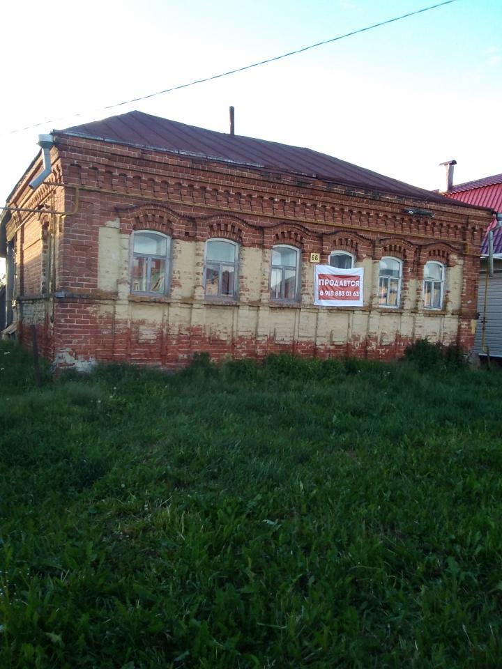 Старинный кирпичныйдом дМерлино | фото 1 из 1