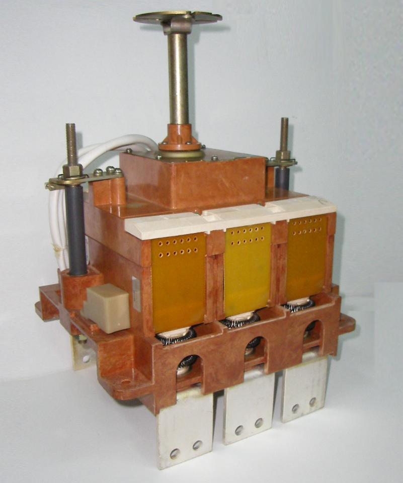 Выключатель автоматический ВА0436 до 400А,ВА5139 до 800А. | фото 1 из 1