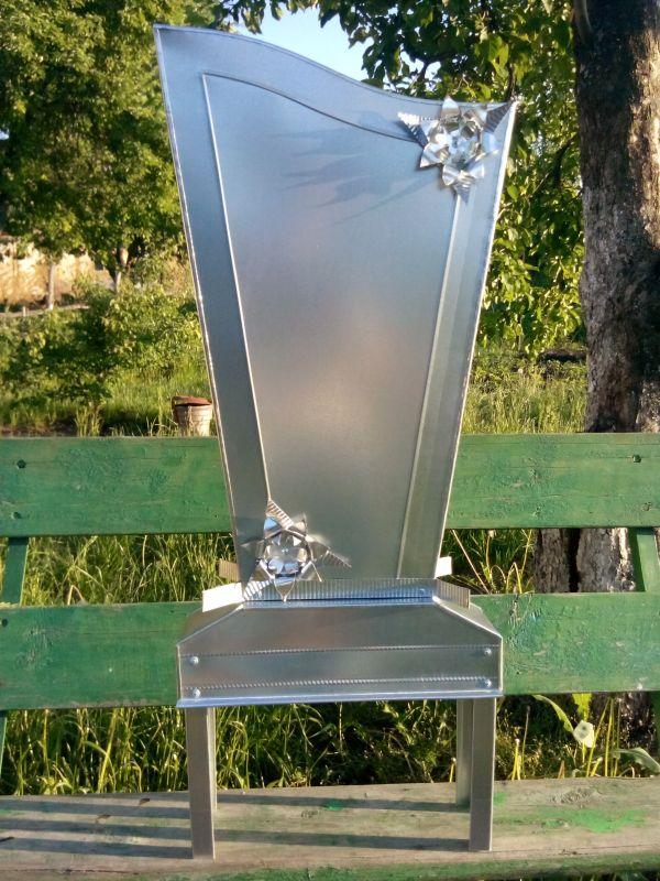 Памятники и надгробия из оцинковки (листовая сталь) | фото 1 из 3