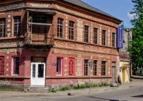 Оригинальное помещение кафе клуба Троицкий мост в центре г.Пскова