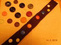 Пластиковые пуговицы (2-х и 4-х прокольные) и кнопки для одежды (Диаметром-10,5; 14.; 17, и 22 мм)