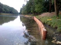 Укрепление берега рек водоемов лиственницей