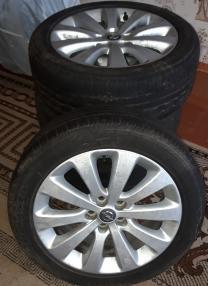 продаю в отличном состоянии колеса