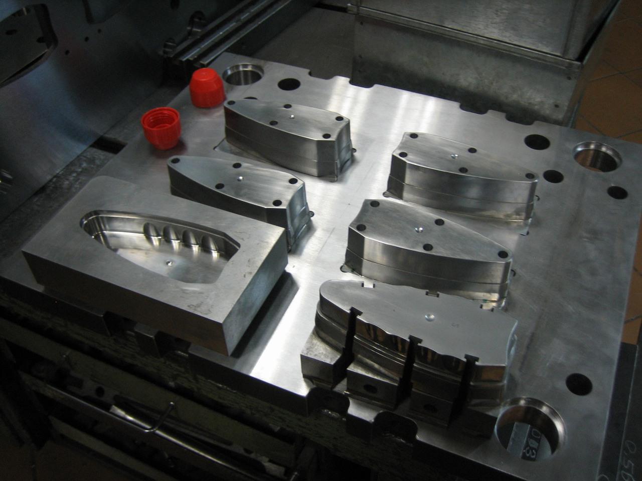 Ремонт пресс-форм чугунных, металлических   фото 1 из 1