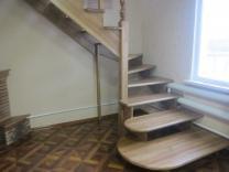 Лестницы деревянные из ясеня и дуба  изготовление на заказ | фото 5 из 6