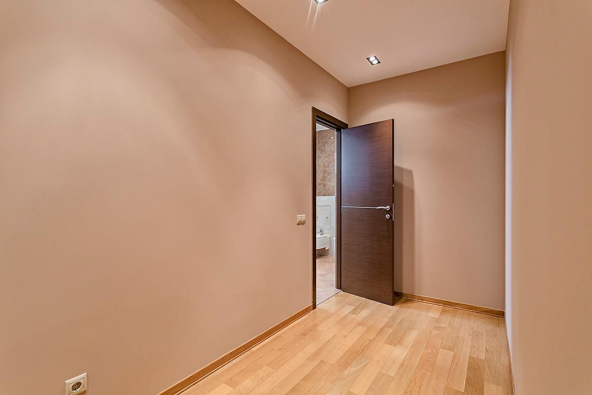 """Ремонт и отделка квартир, офисов, коттеджей, в том числе """" под ключ""""    фото 1 из 3"""