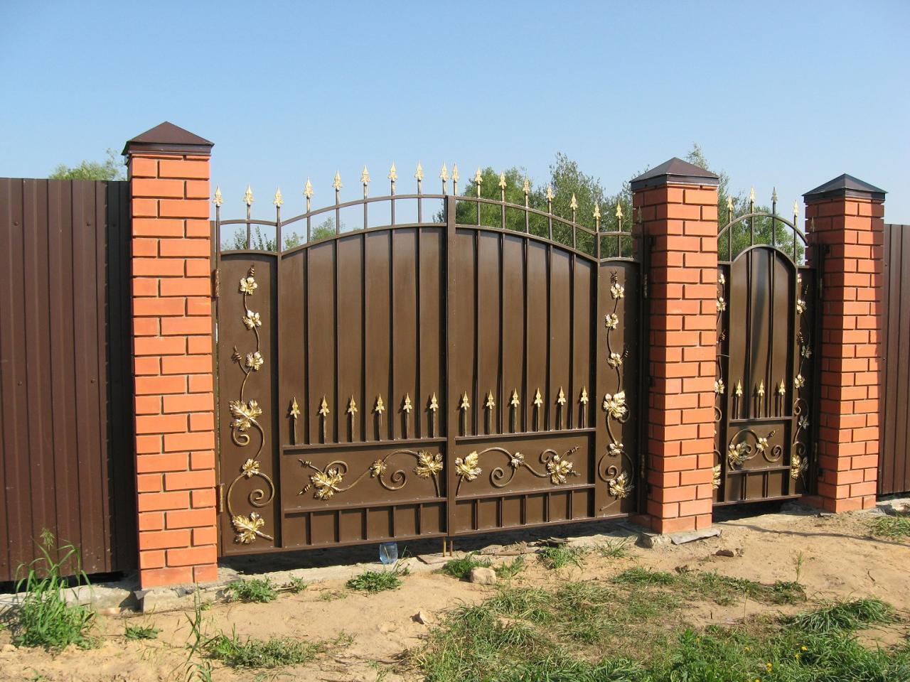 кованые ворота, перила, заборы, ограждения, навесы | фото 1 из 6