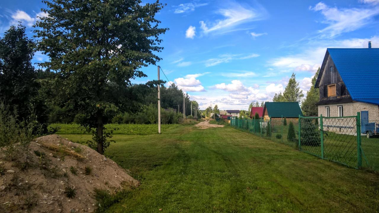 Уютный земельный участок 25 соток ИЖС на лесной опушке под Псковом  | фото 1 из 6
