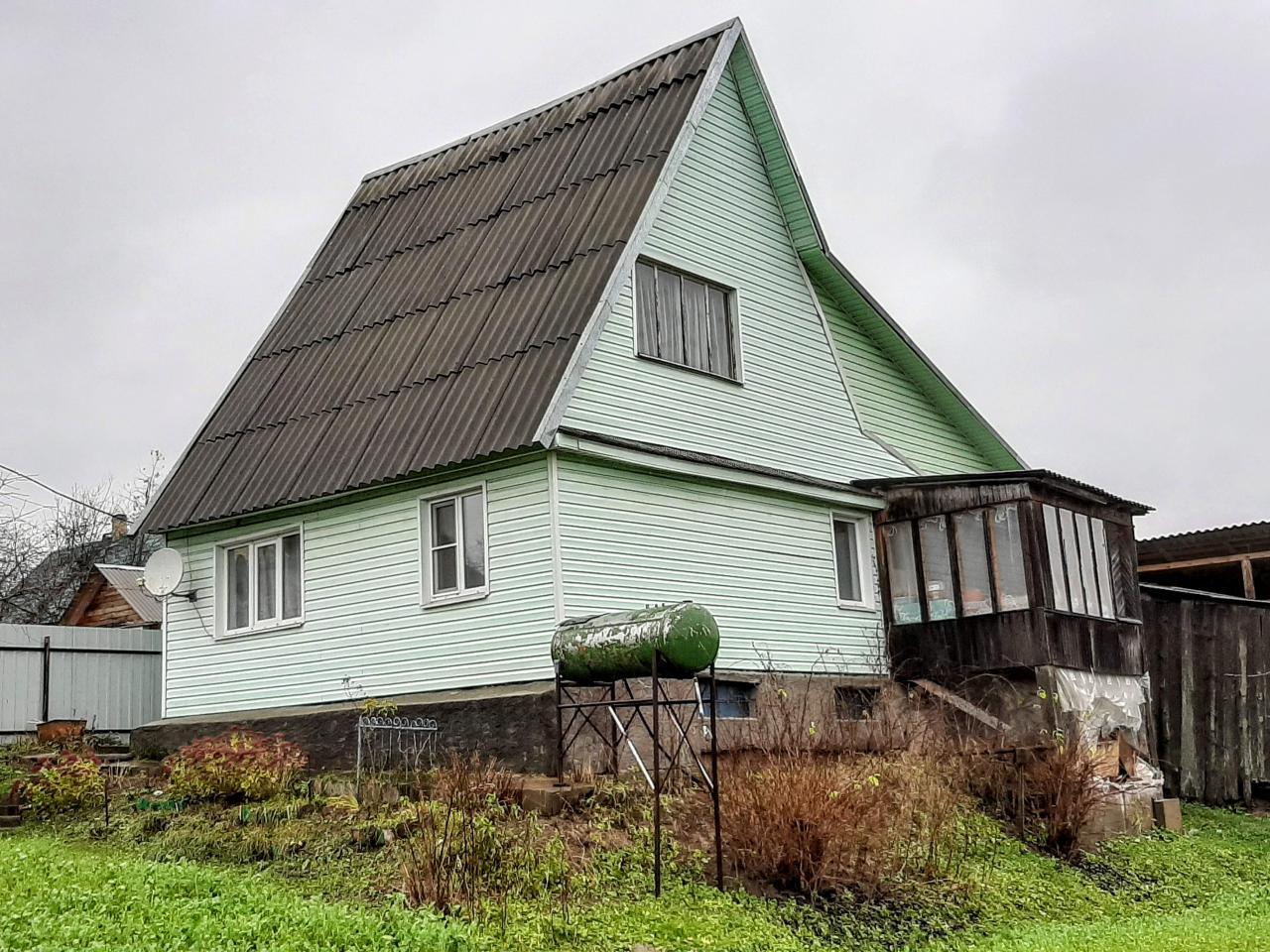 Симпатичный домик с прудом, гаражом и баней у реки  | фото 1 из 6
