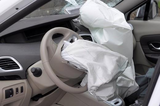 Ремонт подушек безопасности в Краснодаре. ремонт систем SRS Airbag Краснодар | фото 1 из 1