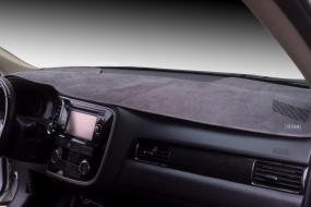 Накидка на панель приборов для Mitsubishi Pajero 2006- | фото 1 из 2