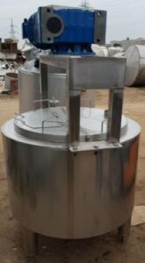 Продается Емкость- смеситель, новая, нержавеющая, объем — 0,3 куб.м