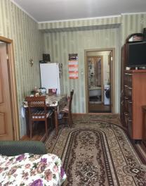 Продается 2-е комнаты (выделенная) 26 кв.м