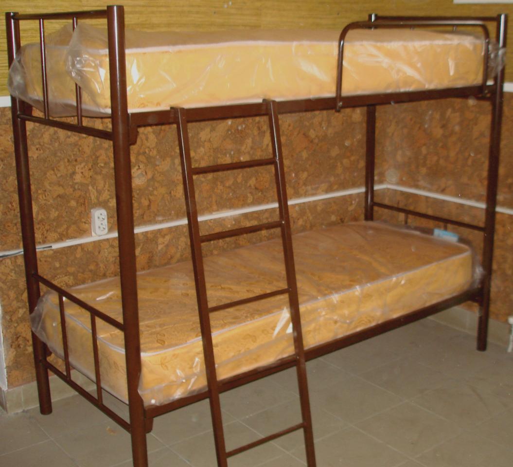Кровати двухъярусные, односпальные на металлокаркасе для хостелов, гостиниц, рабочих   фото 1 из 6
