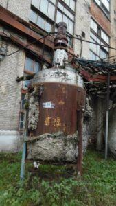 ПродаетсяРеактор нержавеющий, объем — 5 куб.м.,  | фото 1 из 1