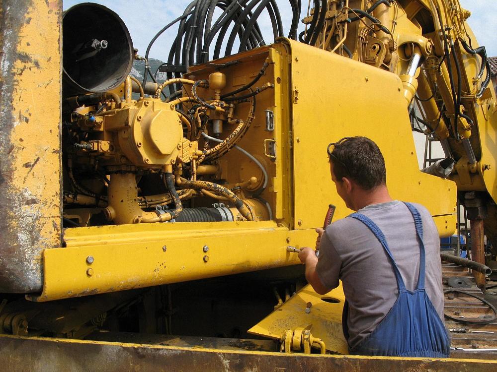 Ремонт экскаваторов в Краснодаре. ремонт экскаваторов на выезде | фото 1 из 1