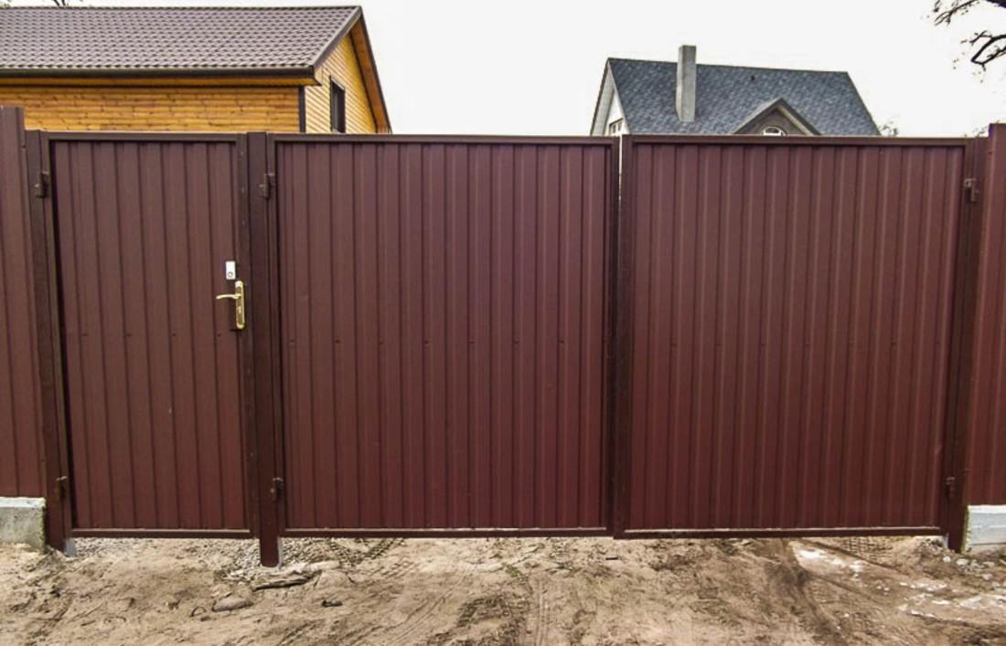 Ремонт и установка металлических дверей, ворот, заборов | фото 1 из 3