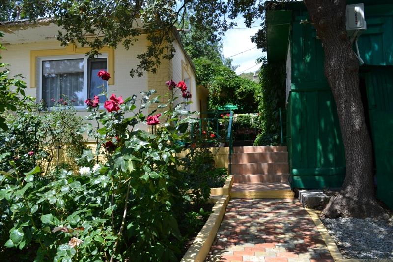Дом со всеми удобствами в пгт Кацивели. | фото 1 из 6