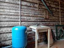 Жилое здание с хоз. помещениями и всеми удобствами в селе Покровском, 1Га. земли    фото 3 из 6