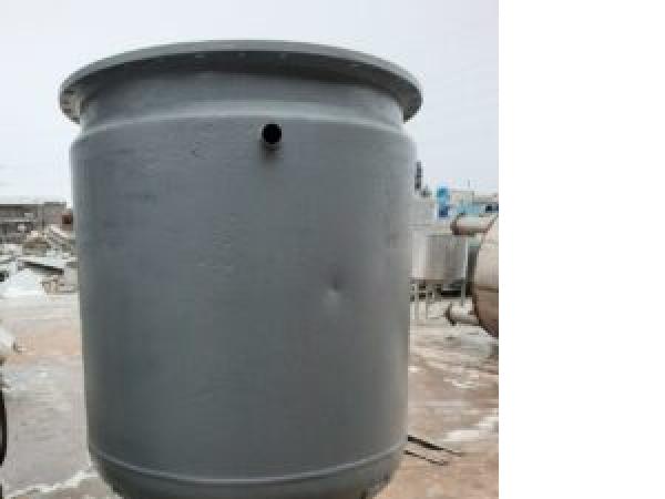 ПродаетсяЕмкость нержавеющая, объем — 1,6 куб. м., | фото 1 из 1