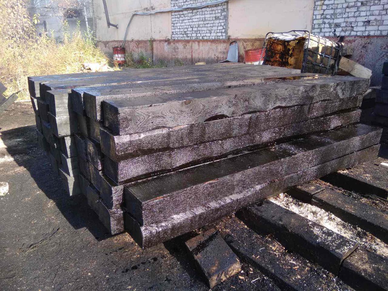 Деревянная шпала пропитанная   фото 1 из 2