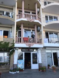 Продам виллу-отель на самом берегу Крыма. 255 м! 8 м до воды. Готовый бизнес под отель. Туристический курорт! | фото 3 из 6