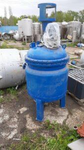 ПродаетсяРеактор нержавеющий, объем — 0,5 куб.м. | фото 1 из 1
