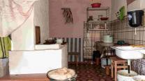Крепкий симпатичный домик с баней в деревушке, 15 соток земли    фото 2 из 6