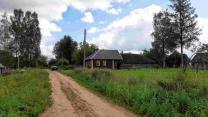 Крепкий симпатичный домик с баней в деревушке, 15 соток земли    фото 5 из 6