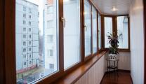Отделка, остекление и расширение балконов и лоджий, монтаж окон и дверей ПВХ   фото 2 из 6