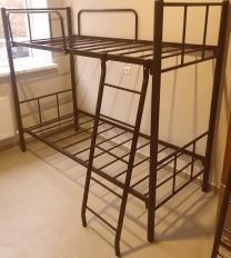 Кровати на металлокаркасе, двухъярусные, односпальные для хостелов, гостиниц, рабочих