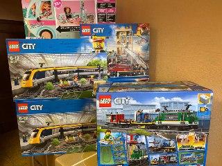 Конструктор LEGO City 60198 грузовой поезд | фото 1 из 4