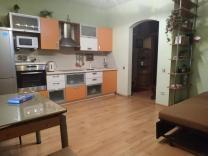 Сдается 2-я квартира в Кольцово, улица Бахчиванджи, 1В | фото 2 из 6