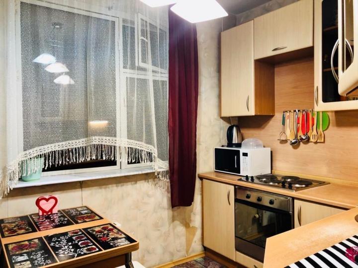 Сдается 1-я квартира в Кирово-Чепецк, улица 60 лет Октября, 3к3   фото 1 из 6