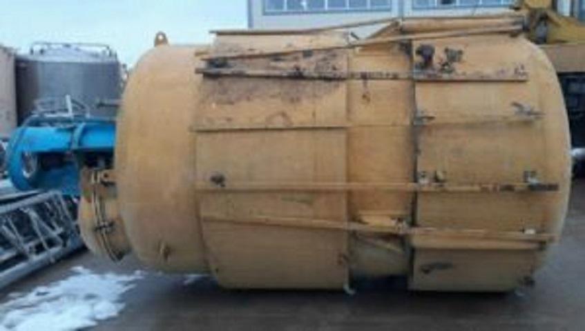ПродаетсяРеактор би-металл (внутри нержавейка), объем — 7 куб.м.,    фото 1 из 1