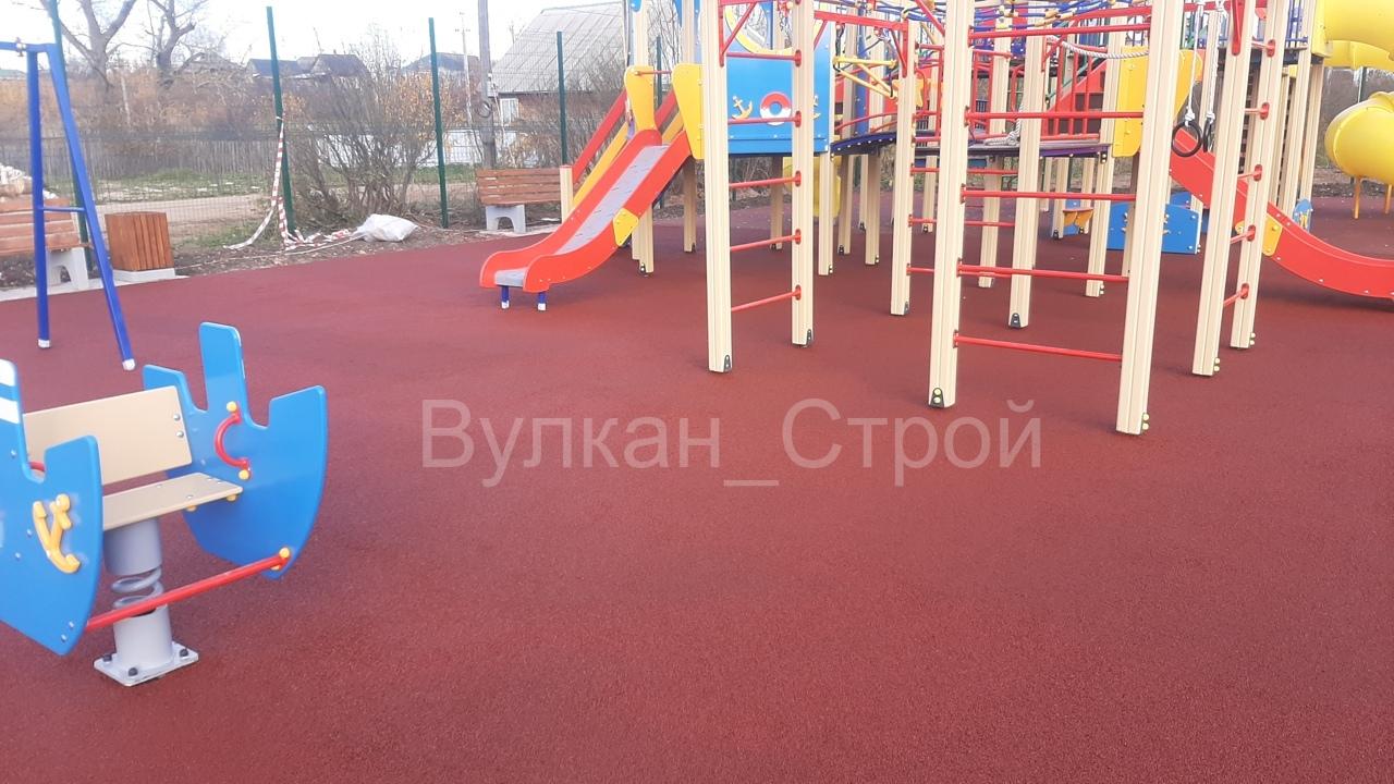 Укладка бесшовных резиновых покрытий Альметьевск | фото 1 из 6
