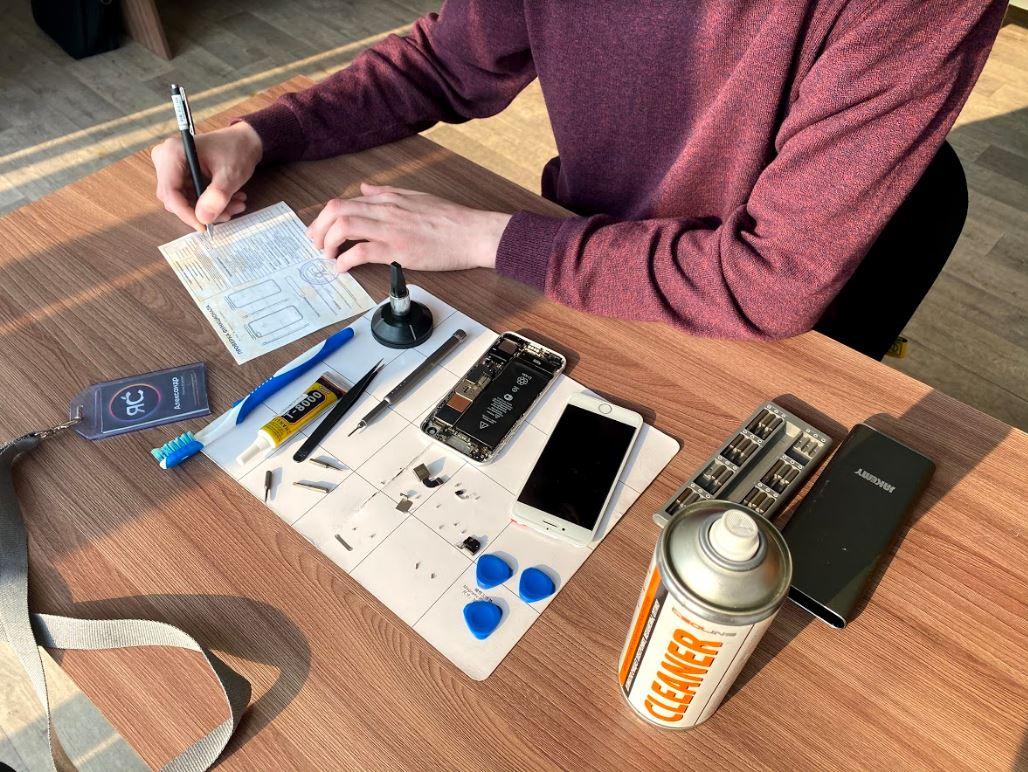 Консультация по ремонту iPhone в сервисе ЯСделаю | фото 1 из 1