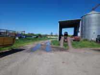 Продам ферму на 12000 голов ,земли 400 га.